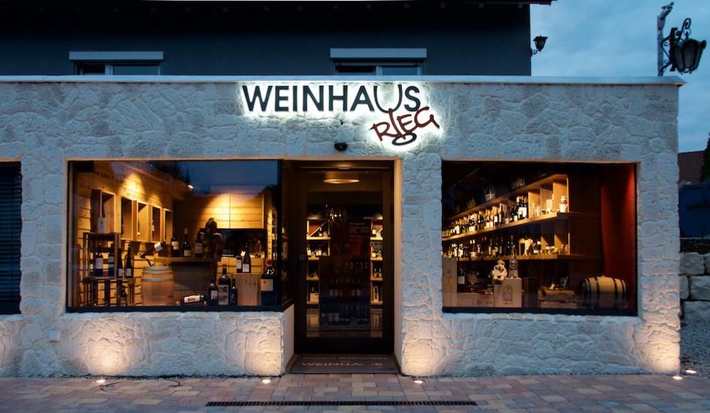 Weinhaus-Rieg-Front